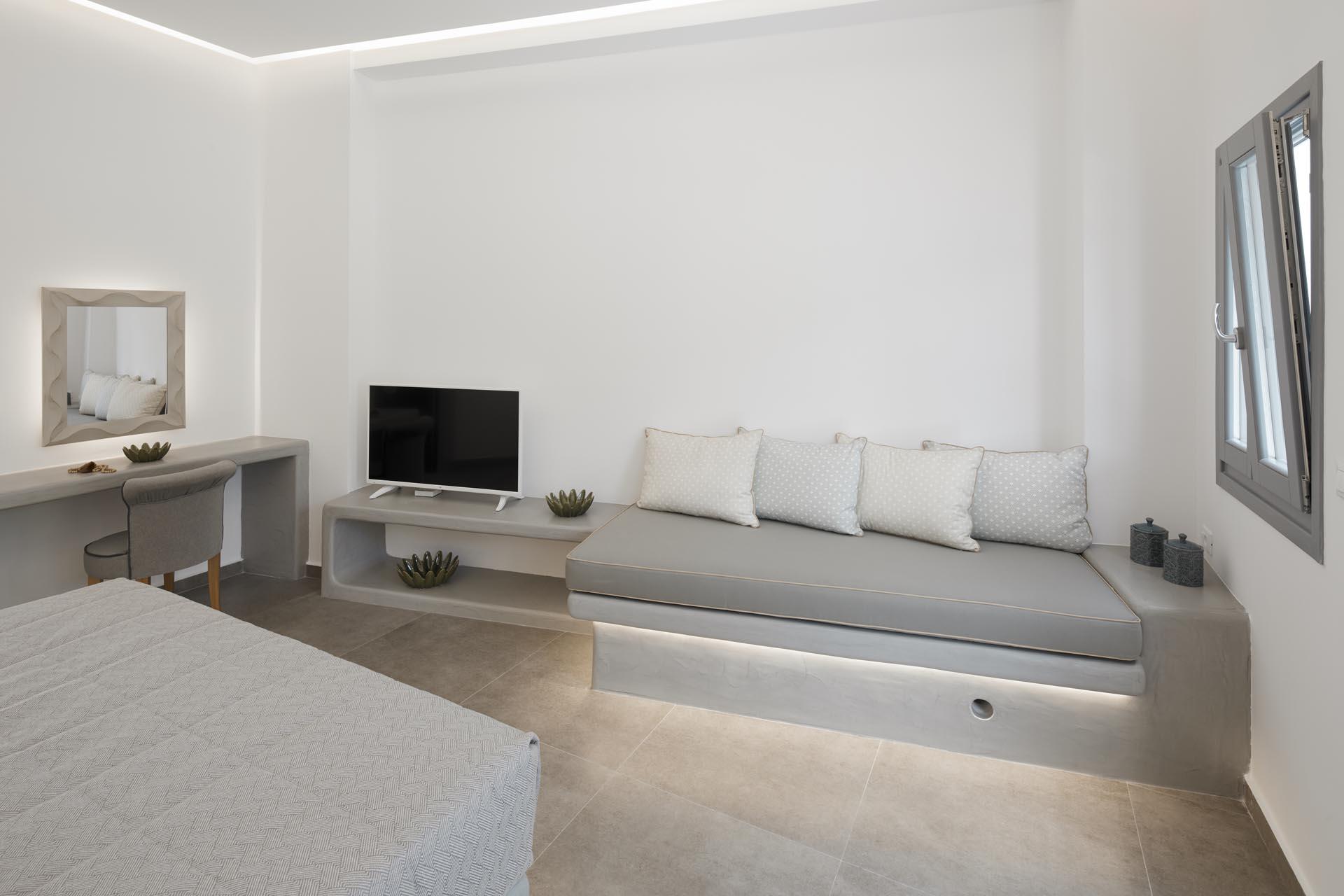 Honeymoon Suite003
