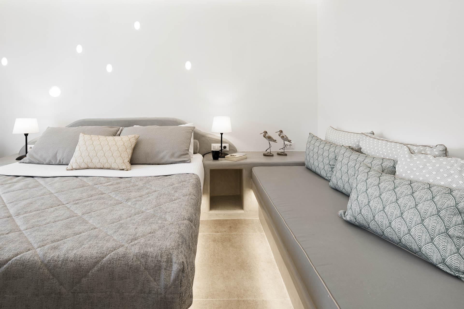 Room 201046